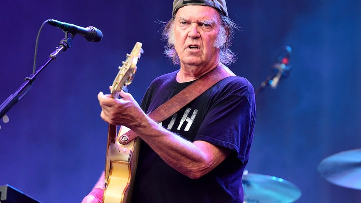 Neil Young and Crazy Horse Cancel Tel Aviv Concert