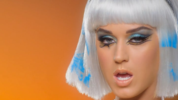 Katy Perry and Juicy J Walk Like Egyptians in 'Dark Horse' Video