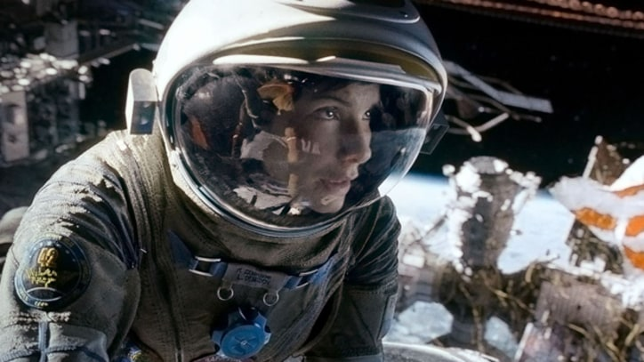 Sandra Bullock Gets Soaked in Behind-the-Scenes 'Gravity' Clip
