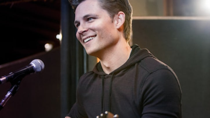 Frankie Ballard: Detroit Likes Country Music, Too!