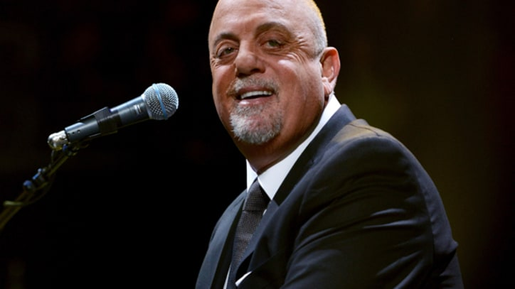 Watch Billy Joel Forget The Lyrics To 'We Didn't Start the Fire'