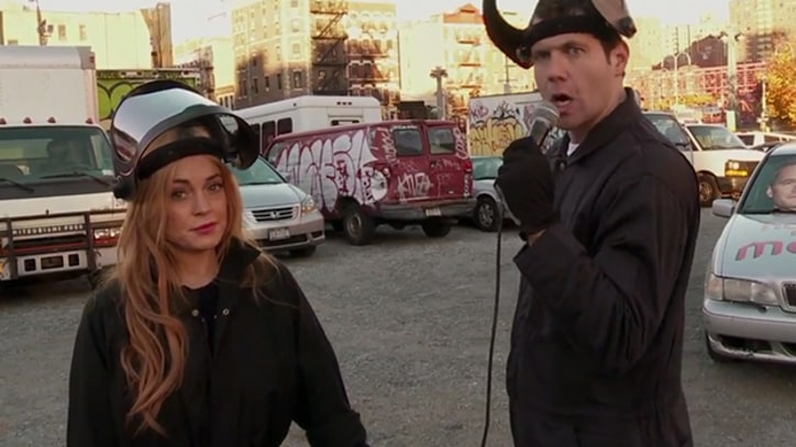 Watch Lindsay Lohan Wreck a Car Over 'How I Met Your Mother' Ending