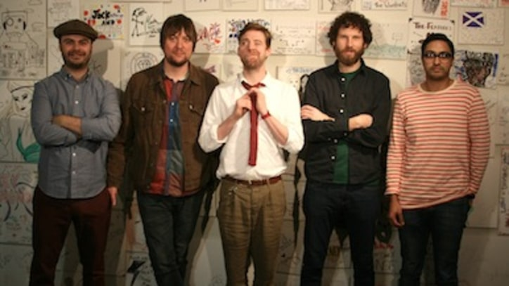 Kaiser Chiefs Sling Their 'Bows & Arrows' at Yahoo Music