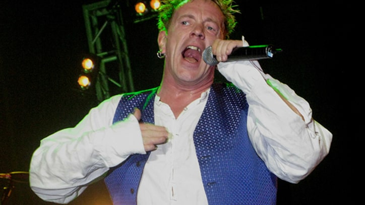 Flashback: The Sex Pistols Tear Through 'Bodies' In 2007