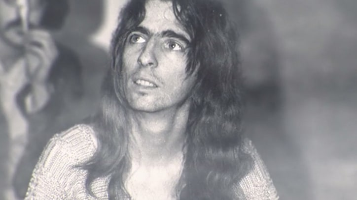 Watch a Drug-Fueled Clip From 'Super Duper Alice Cooper' – Premiere