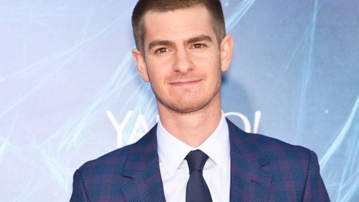 Andrew Garfield Rocks a Wig, Dress in Arcade Fire's 'We Exist' Teaser