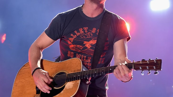 Dierks Bentley, David Nail Help Launch CMT Summer Concert Series