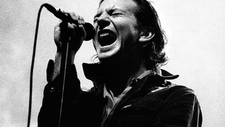 Flashback: Pearl Jam Cover the Dead Boys With Joey Ramone