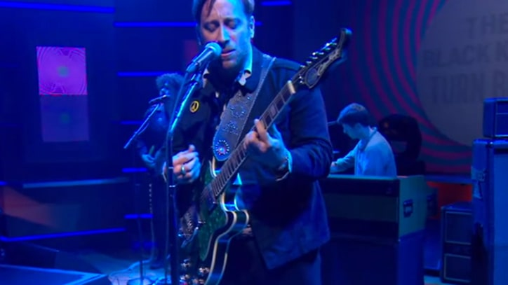 The Black Keys Kick Out Psychedelic Jams on 'The Colbert Report'