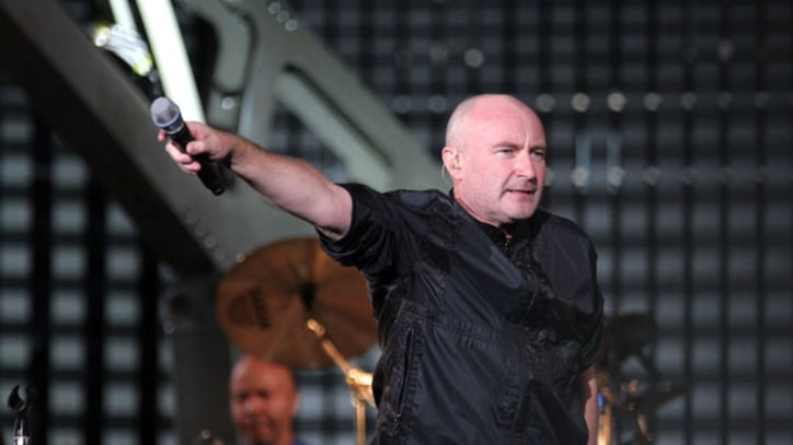Flashback: Genesis Reunite With Phil Collins in 2007