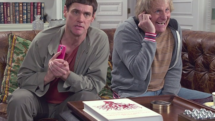 Gross 'Dumb and Dumber To' Trailer Premieres on 'Tonight Show'