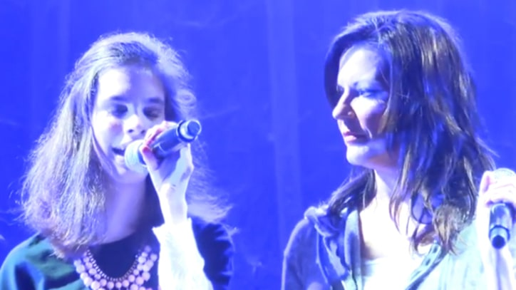 Martina McBride Performs With Blind Teenager