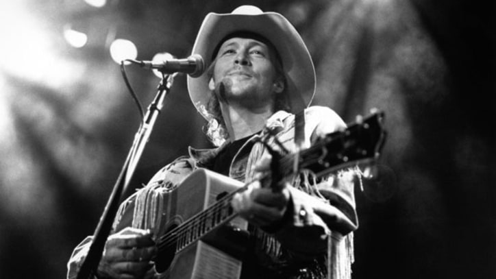 Flashback: Alan Jackson Enters Country Music's 'Real World'
