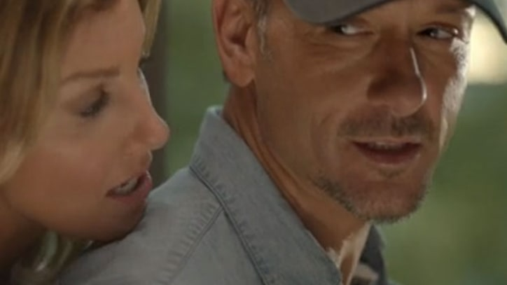 Tim McGraw, Faith Hill Go Home to 'Mama's' in New Video