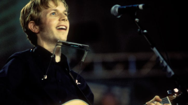Flashback: Beck Gets Left on the 'Moon'