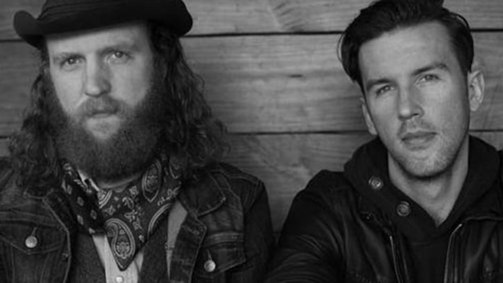Brothers Osborne Soak Hometown in 'Rum' — New Video