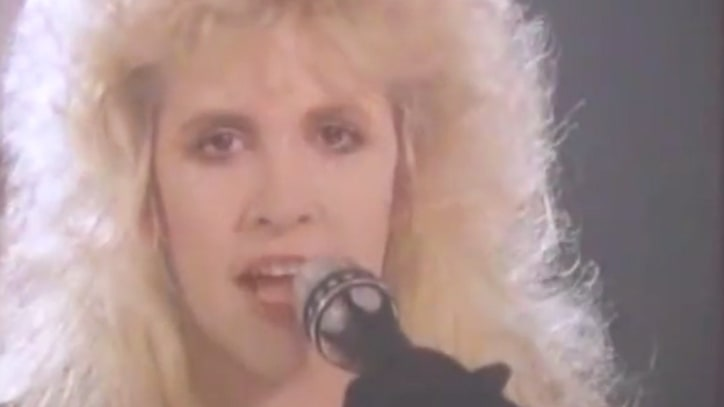 Flashback: Fleetwood Mac's 'Chain' Starts to Dissolve in 1987