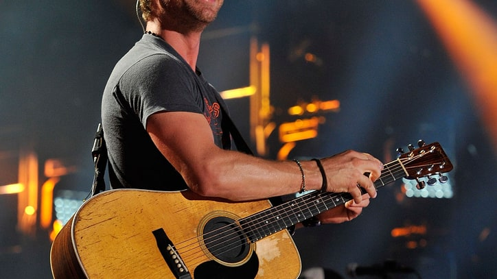 Dierks Bentley and Friends Bring Country 'Front and Center'