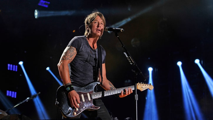 showbiz keith urban concert rape index.