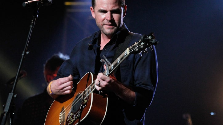 Exclusive: David Nail Announces I'm a Fire Tour