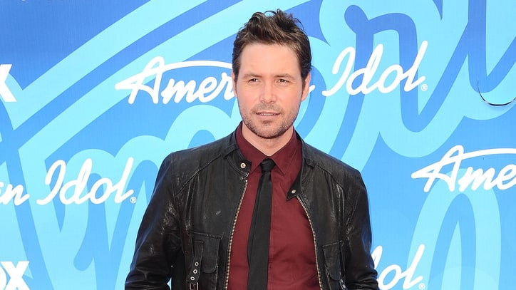 'American Idol' Alum Michael Johns Dead at 35