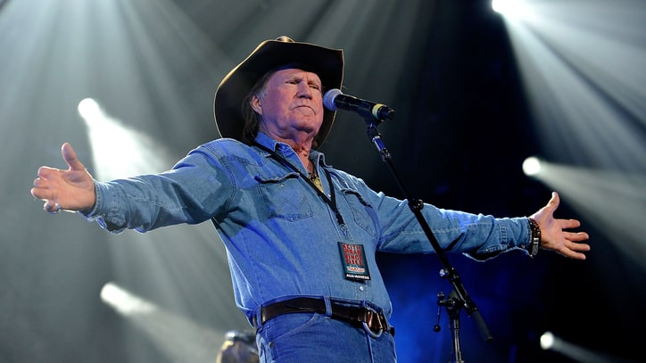 Billy Joe Shaver Bares 'Tooth,' First Album in Seven Years