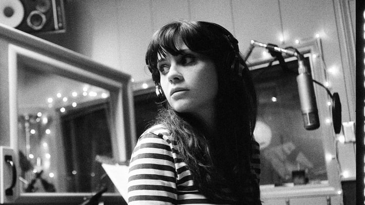 She & Him Pay Tribute to the 'Classics'