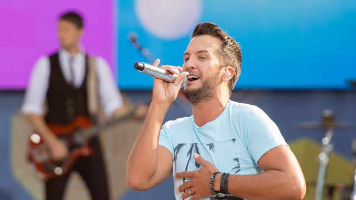 Luke Bryan Plans Huge Mexican Beach Party
