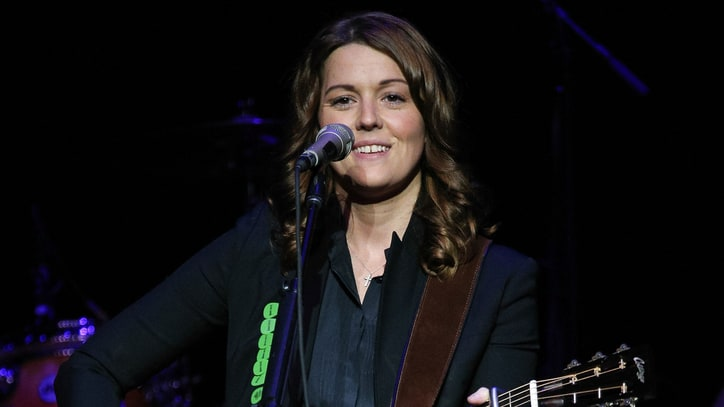 Brandi Carlile Goes Unplugged for Fall Tour