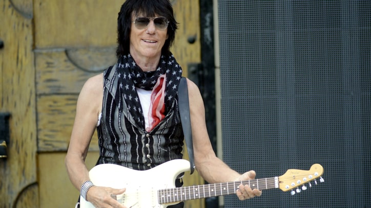 Jeff Beck on Going Note-for-Note With ZZ Top and a 'Naughty' Brian Wilson Track