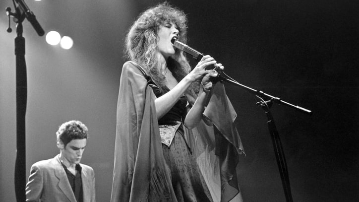 Stevie Nicks Asks Fans To Design New Shawl