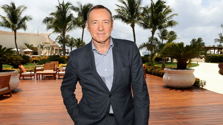 Kevin Spacey Pranks Clintons in 'House of Cards' Birthday Spoof