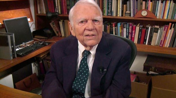 Andy Rooney, 60 Minutes Commentator, Dead at 92