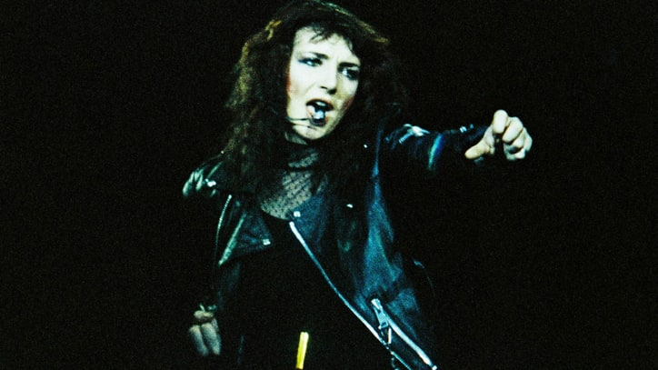 Camera-Shy Kate Bush Asks Fans Not to Shoot Her at Concerts