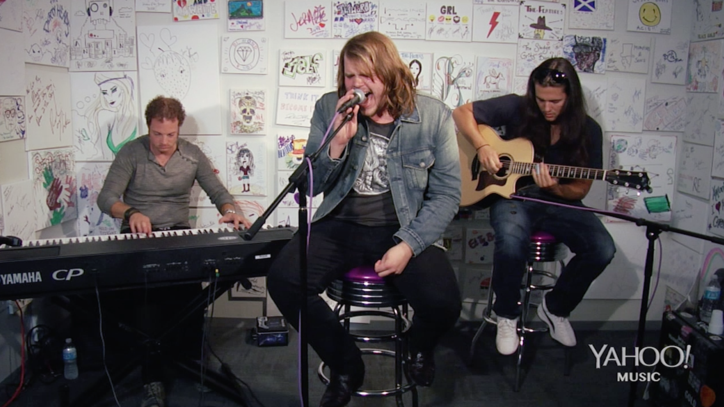 See Caleb Johnson 'Testify' at Yahoo Music