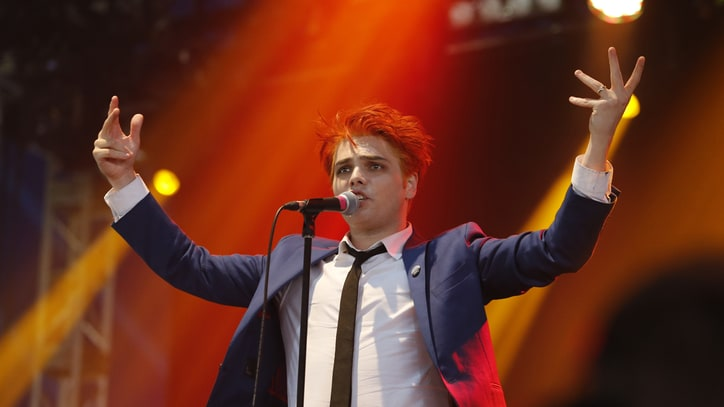 Gerard Way Makes Britpop Solo Debut at U.K.'s Reading Festival
