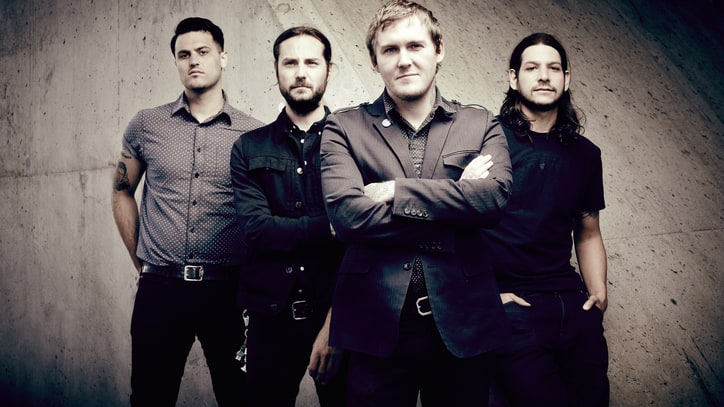 Rutgers Football Gives the Gaslight Anthem Scarlet Fever