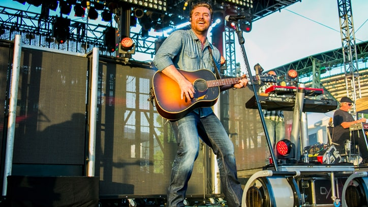Chris Young's New Single Inspired by Notorious Nashville Bar