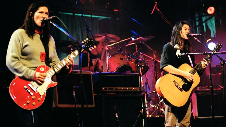 Kim and Kelley Deal Talk New Breeders Songs: There Are 'Five That We Can Play'