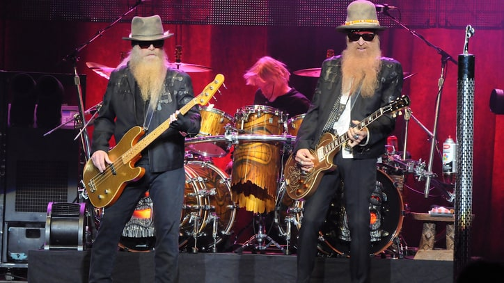 ZZ Top Cancel Tour After Bassist's Injury