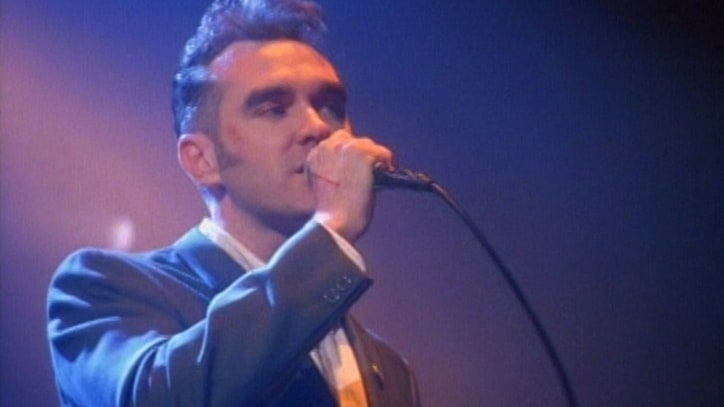 Watch Morrissey Croon 'Jack the Ripper' on 1995 U.K. Tour