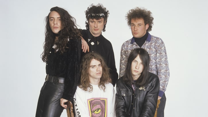 Primal Scream Guitarist Robert 'Throb' Young Dead at 49