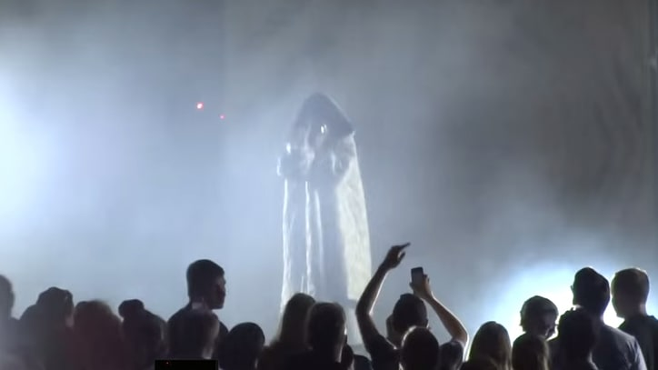 Watch Lorde Perform Gothic Kanye West, Bon Iver Covers