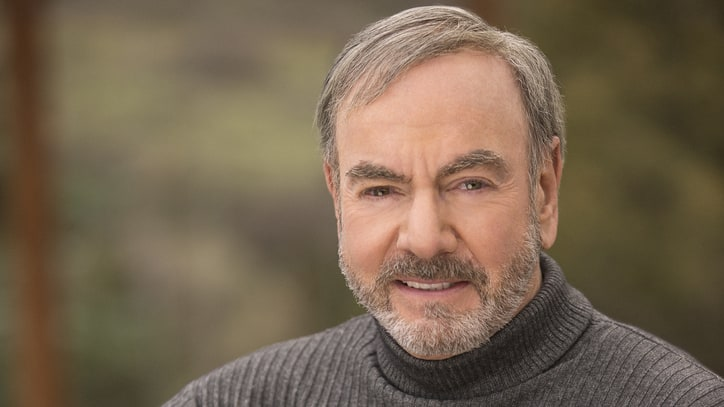 Watch Neil Diamond's Reflective 'Nothing But a Heartache' Video