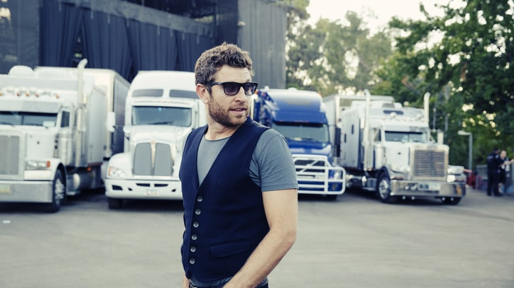 On the Road With Brett Eldredge: Exclusive Tour Photos