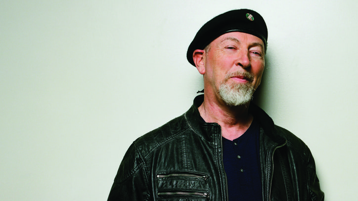 Hear Richard Thompson Lead His Whole Family Through 'One Life at a Time'