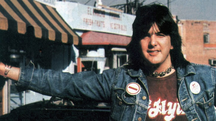 Flashback: Gram Parsons Dies in the Desert