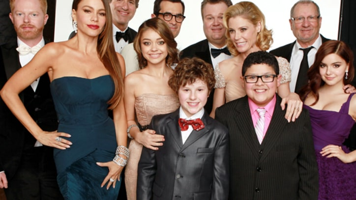 'Modern Family' Cast Ends Salary Scuffle, Agrees To New Contracts