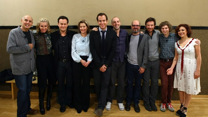 Full Cast of 'Arrested Development' Begins Production on New Episodes