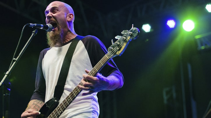 Nick Oliveri Claims He'll Rejoin Queens of the Stone Age for One Night